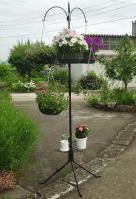 main-gardenpole.jpg